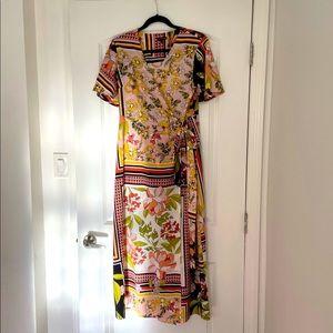 Who What Wear floral wrap dress, size M